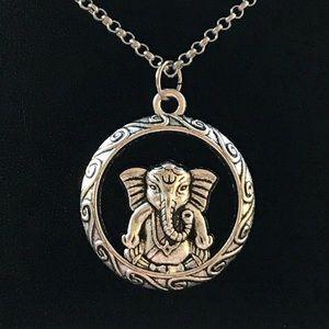 🔴SALE !Boho elephant medal design silver necklace